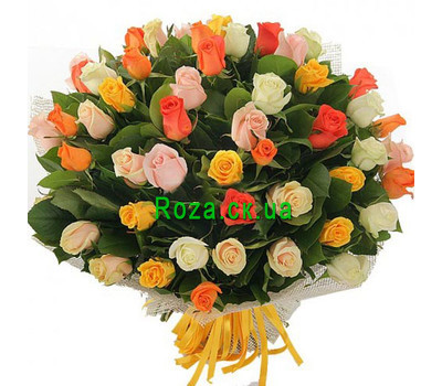 """A chic bouquet of roses"" in the online flower shop roza.ck.ua"