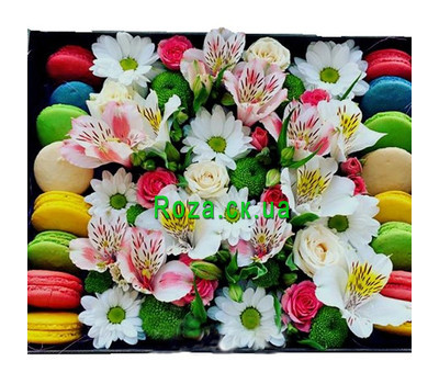 """Flowers with macarons in a rectangular box"" in the online flower shop roza.ck.ua"