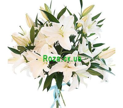 """""""7 белых лилий в букете"""" в интернет-магазине цветов roza.ck.ua"""