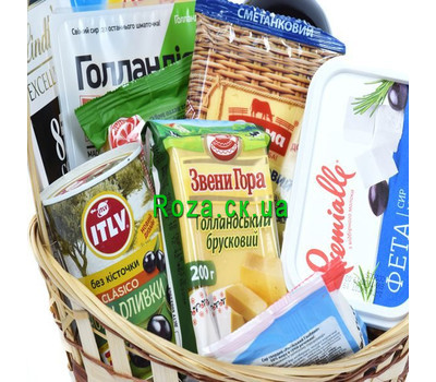 """""""Gift basket with wine and cheese"""" in the online flower shop roza.ck.ua"""