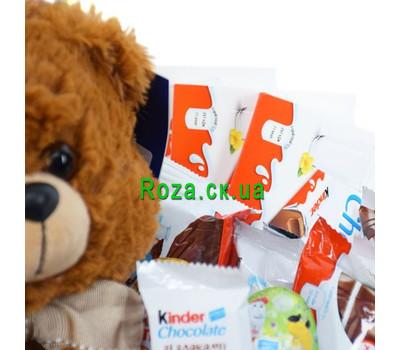 """""""Корзина со сладостями Kinder 2"""" в интернет-магазине цветов roza.ck.ua"""