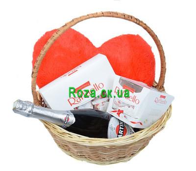 """""""Подарочная корзина для любимой"""" в интернет-магазине цветов roza.ck.ua"""