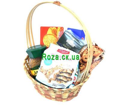 """""""Подарочная корзина с печеньем и чаем"""" в интернет-магазине цветов roza.ck.ua"""