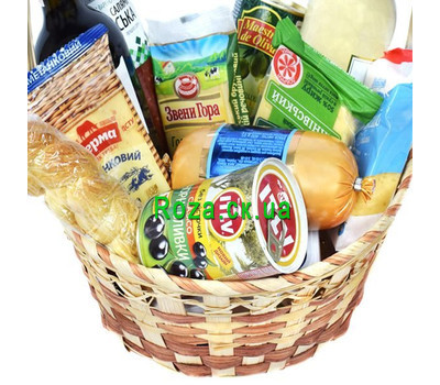 """Gift basket with cheese, olives"" in the online flower shop roza.ck.ua"