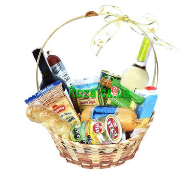"""Gift basket with cheese, olives and wine"" in the online flower shop roza.ck.ua"
