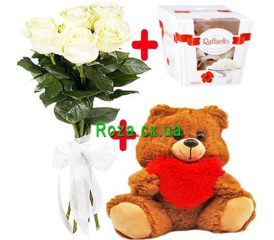"""""""5 белых роз, Мишка и Raffaello"""" в интернет-магазине цветов roza.ck.ua"""