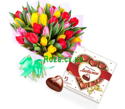 """Bouquet of tulips and candies"" in the online flower shop roza.ck.ua"