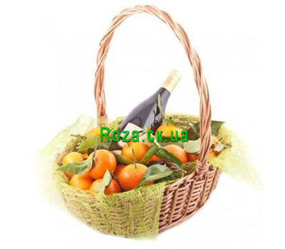 """""""Basket with tangerines for the New Year"""" in the online flower shop roza.ck.ua"""