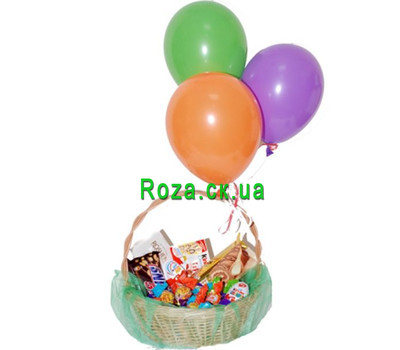 """Gift basket of chocolates and balls"" in the online flower shop roza.ck.ua"