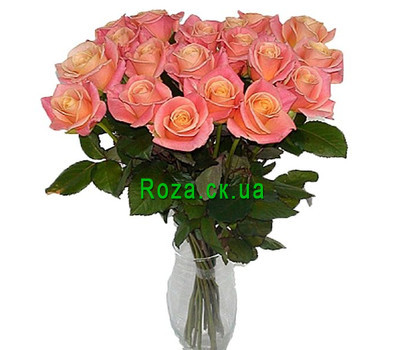 """Trendy roses in a bouquet"" in the online flower shop roza.ck.ua"