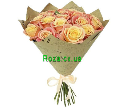 """Unusual roses in a bouquet"" in the online flower shop roza.ck.ua"