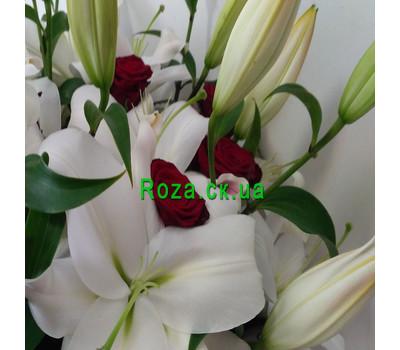 """""""Великий букет із лілій і троянд - вид 5"""" в интернет-магазине цветов roza.ck.ua"""