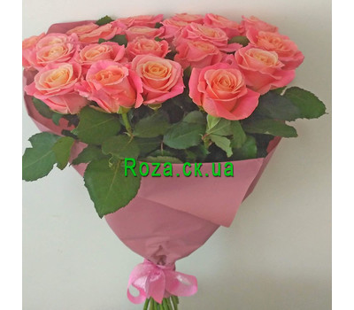 """Trendy roses in a bouquet 2"" in the online flower shop roza.ck.ua"