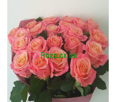 """Trendy roses in a bouquet 3"" in the online flower shop roza.ck.ua"