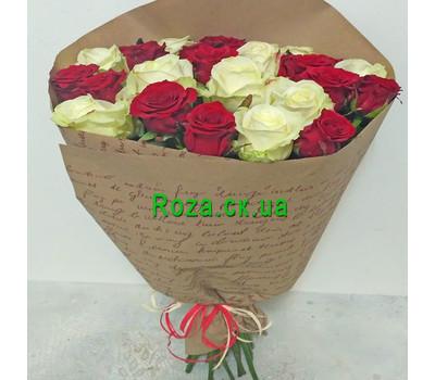 """""""Букет червоних і білих троянд - вид 1"""" в интернет-магазине цветов roza.ck.ua"""