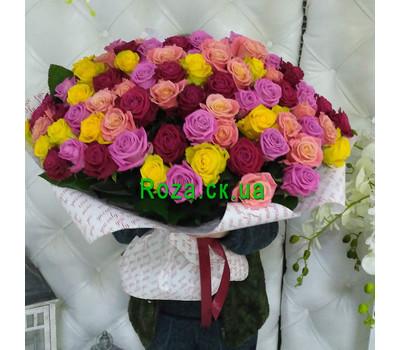 """""""Яскравий букет із 101 різнокольорової троянди - вид 1"""" в интернет-магазине цветов roza.ck.ua"""