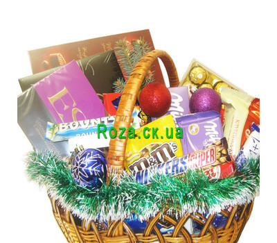 """""""Gift basket for New Years holidays"""" in the online flower shop roza.ck.ua"""